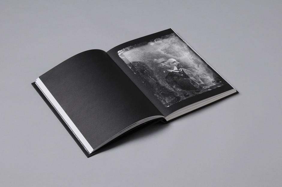 Reimaginar-O Fotógrafo Martins Sarmento-miolo